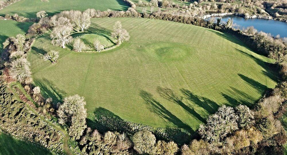 Miejsce rezydencji pierwszych królów Ulsteru w forcie Navan niedaleko Armagh