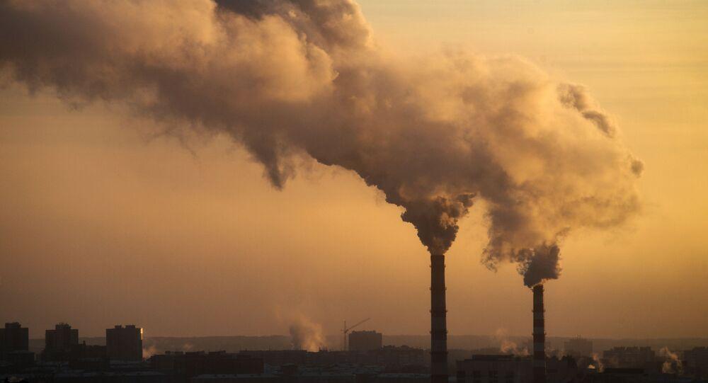 Dym z elektrowni