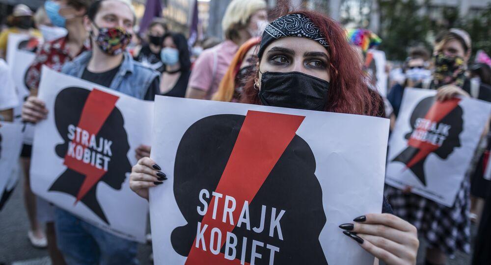 Protesty przeciwko wypowiedzeniu przez Polskę tzw. konwencji stambulskiej