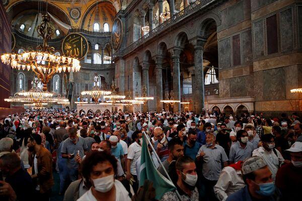 Pierwsze od 86 lat modlitwy muzułmańskie w Hagia Sophia - Sputnik Polska