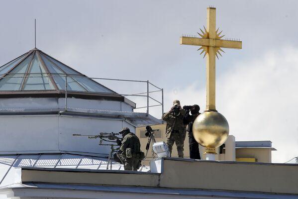 Snajperzy podczas parady morskiej w Petersburgu - Sputnik Polska