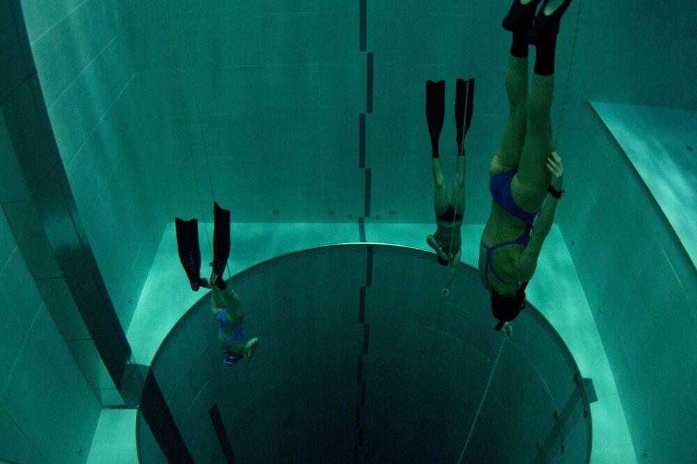 Freediving w basenie Y-40 The Deep Joy, Włochy