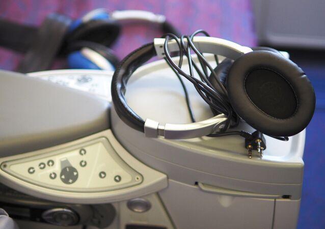 Słuchawki na pokładzie samolotu