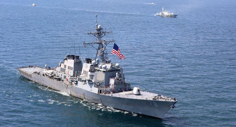 Amerykański niszczyciel Porter podczas międzynarodowych ćwiczeń morskich Sea Breeze 2020 na Morzu Czarnym
