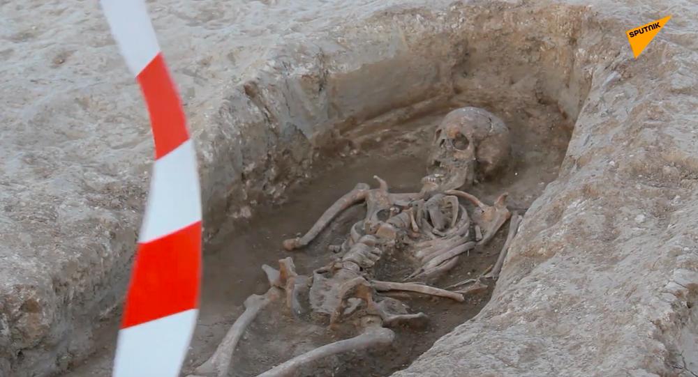 W Hiszpanii na miejscu prac drogowych odkryto starożytną nekropolię