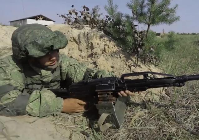 Żołnierze Zachodniego Okręgu Wojskowego przećwiczyli obronę miasta