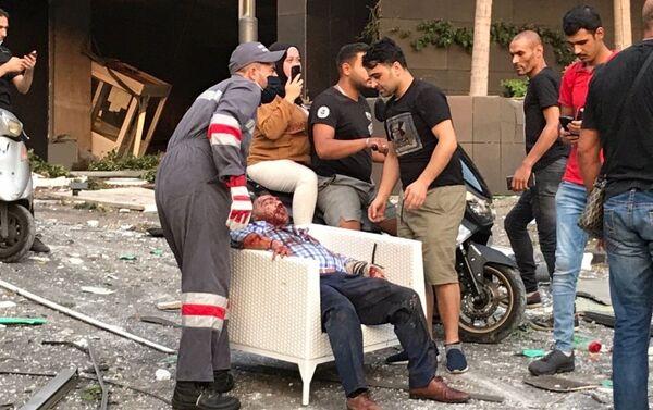 Ranni po wybuchu w Bejrucie - Sputnik Polska