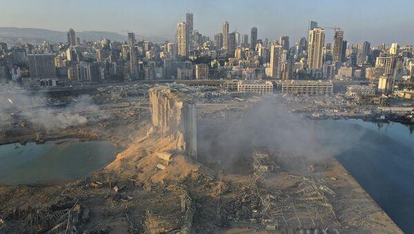 Sytuacja na miejscu wybuchu w Bejrucie widziana z drona, 5 sierpnia 2020 - Sputnik Polska