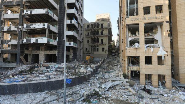 Widok ulic Bejrutu po wybuchu w porcie - Sputnik Polska