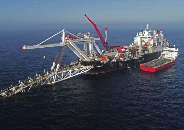 Układanie gazociągu Nord Stream 2 na Morzu Bałtyckim