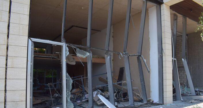 Zniszczone ulice Bejrutu w rezultacie wybuchu w porcie