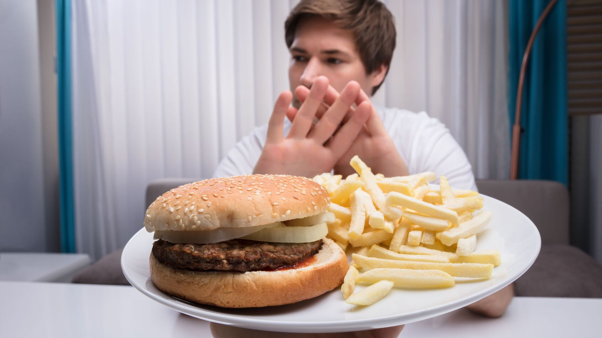 Amerykańscy naukowcy odkryli, że specjalna dieta 5:2 zmniejsza ryzyko impotencji.  - Sputnik Polska, 1920, 07.07.2021