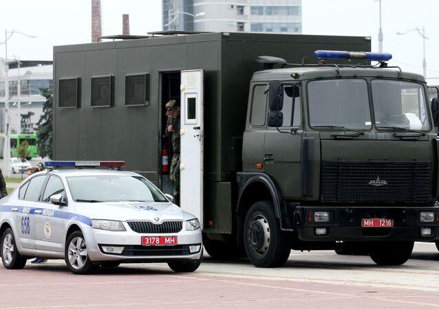 Policja w Mińsku.