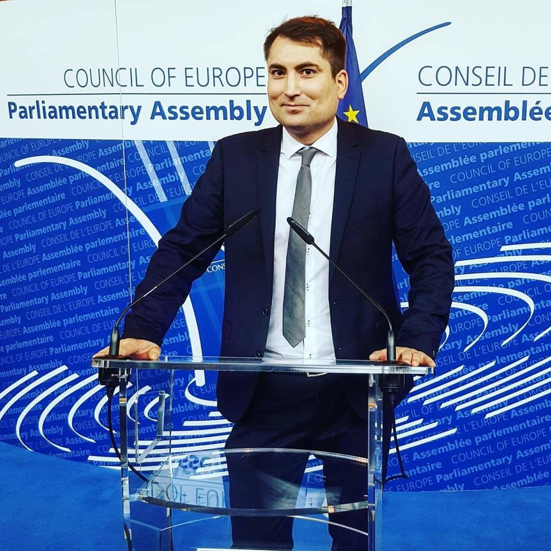 Janusz Niedźwiecki, prezes Stowarzyszenia Europejska rada na rzecz Demokracji i Praw Człowieka - Sputnik Polska, 1920, 22.06.2021