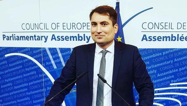 Janusz Niedźwiecki, prezes Stowarzyszenia Europejska rada na rzecz Demokracji i Praw Człowieka - Sputnik Polska