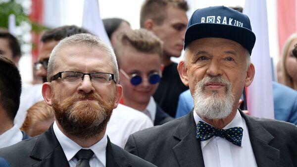 Grzegorz Braun i Janusz Korwin-Mikke, liderzy Konfederacji - Sputnik Polska