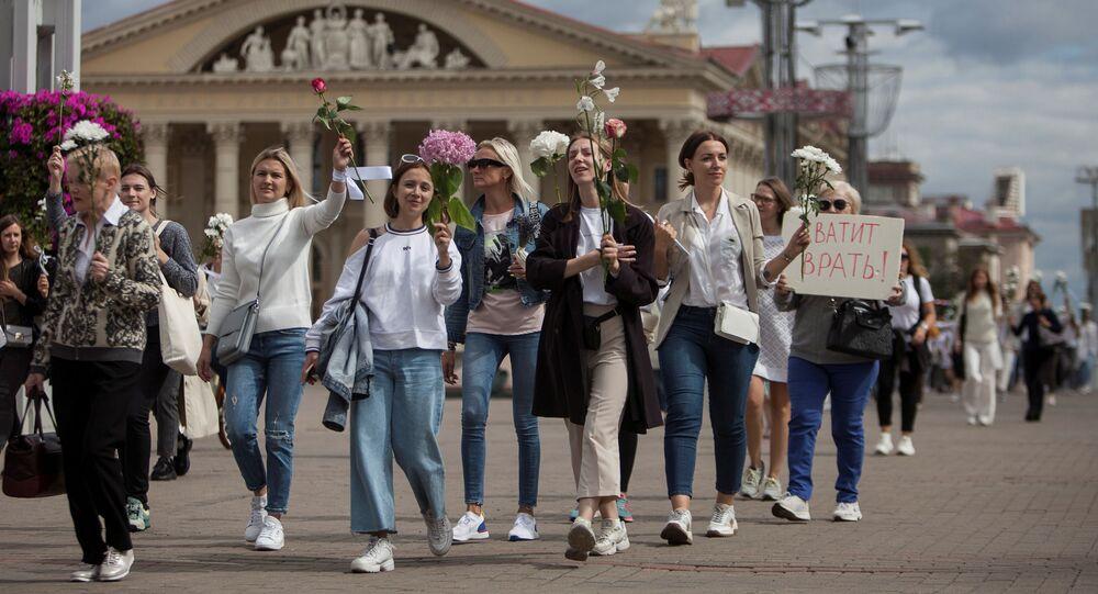Pokojowy protest w Mińsku.