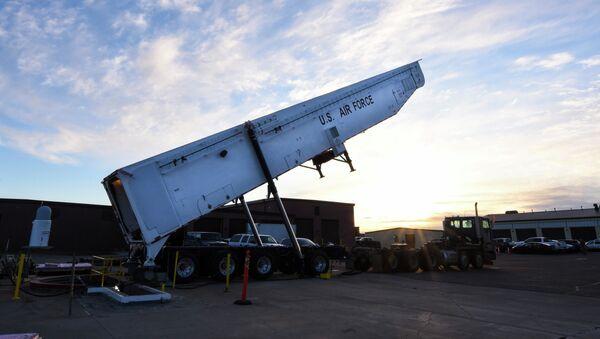 Amerykański międzykontynentalny pocisk balistyczny ICBM na paliwo stałe  Minuteman III. - Sputnik Polska