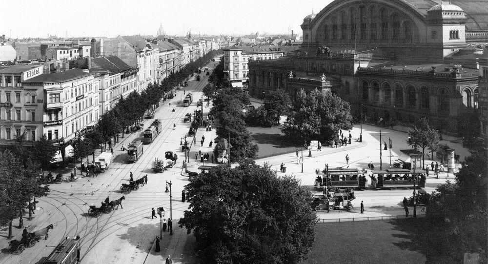Widok na plac Askański w Berlinie, zdjęcie archiwalne