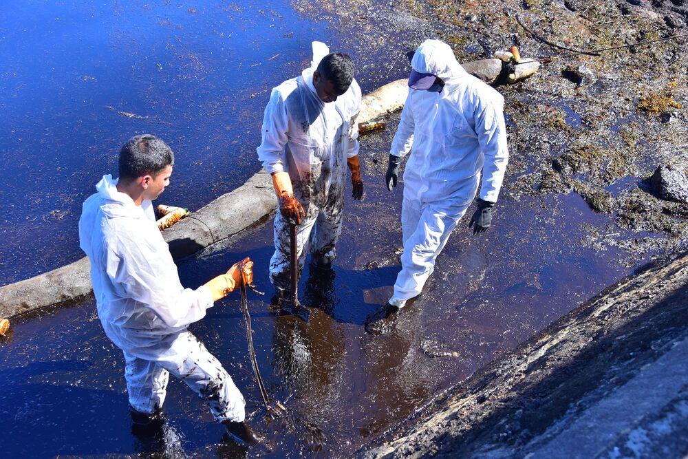 Wyciek ropy u wybrzeża Mauritiusa
