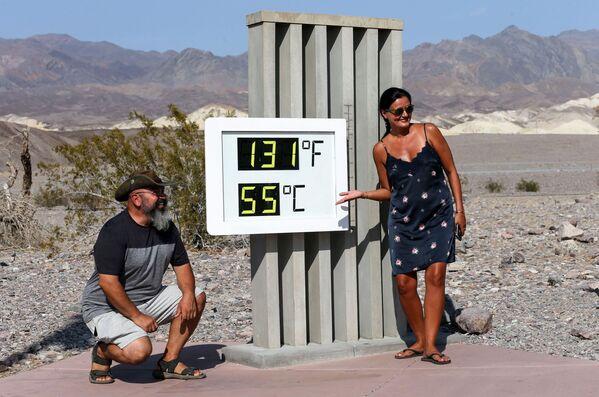 """Termometr w parku narodowym """"Dolina Śmierci"""", Kalifornia - Sputnik Polska"""