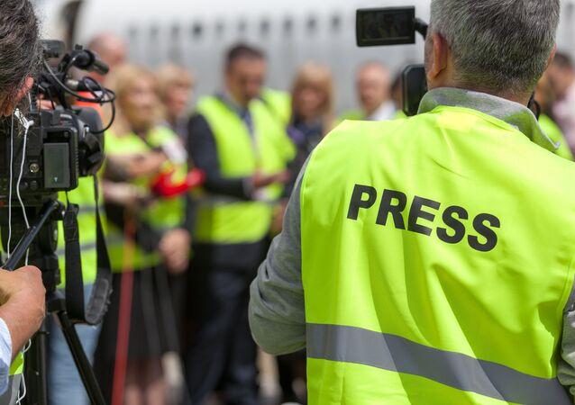Dziennikarze przy pracy