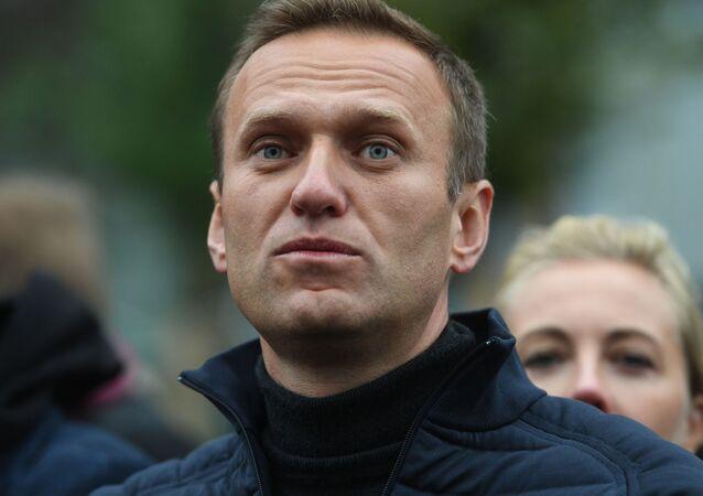 Polityk Aleksiej Nawalny na demonstracji
