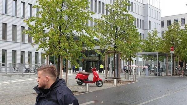 Aleksiej Nawalny został przetransportowany do kliniki Charité w Berlinie  - Sputnik Polska