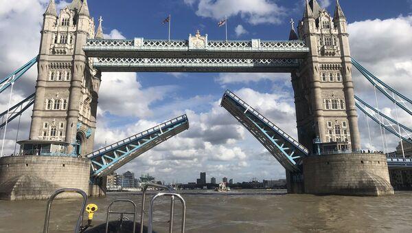 Tower Bridge w Londynie. - Sputnik Polska