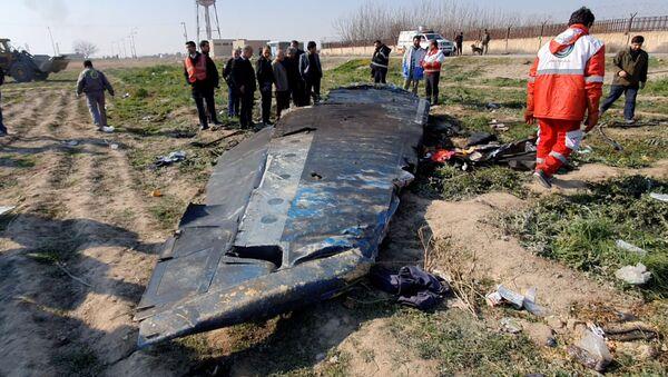 Katastrofa ukraińskiego samolotu Boeing 737-800 pod Teheranem. - Sputnik Polska