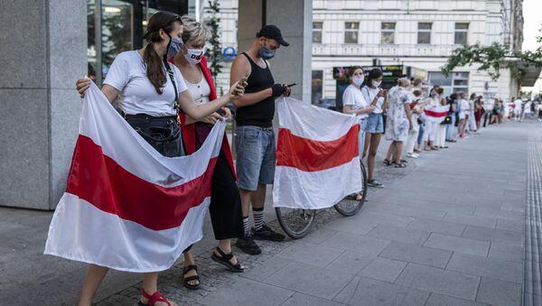 Protesty w Warszawie, poparcie dla białoruskiej opozycji - Sputnik Polska