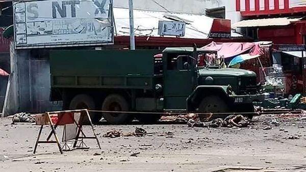 Co najmniej 9 osób zginęło, a 17 zostało rannych w dwóch wybuchach w mieście Jolo na południu Filipin. - Sputnik Polska