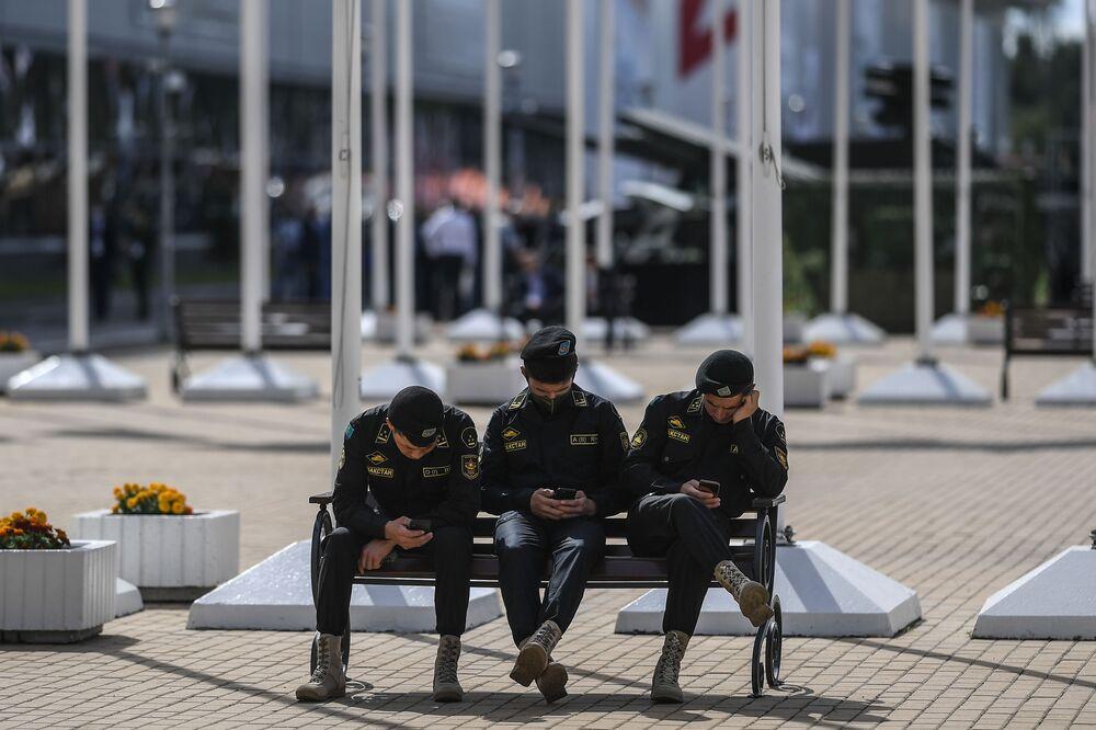 Międzynarodowe Forum Wojskowo-Techniczne ARMIA 2020, dzień pierwszy