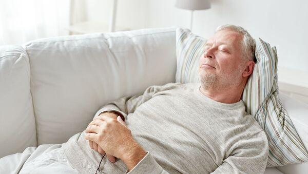 Osiem godzin to optymalna ilość snu dla przeciętnego człowieka - Sputnik Polska