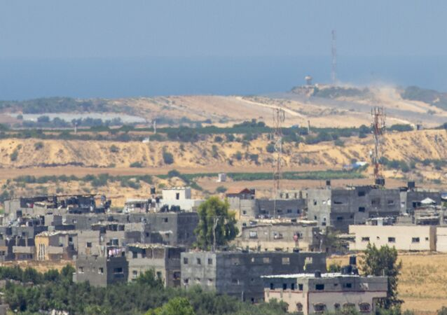 Balony z materiałami wybuchowymi na niebie na granicy z Izraelem i Gazą