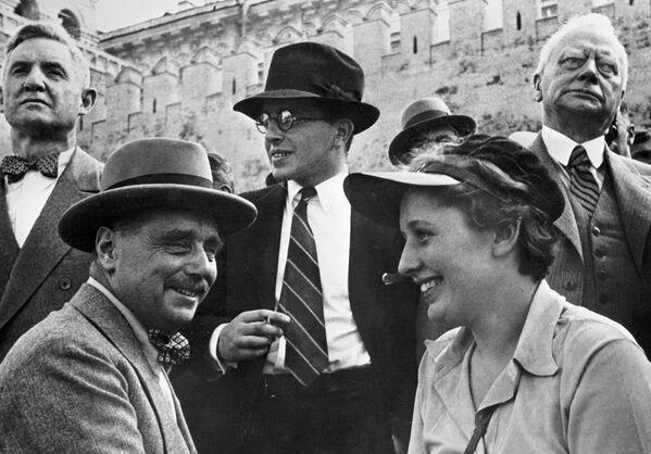 Pisarz Herbert George Wells odwiedził Moskwę jako turysta w 1934 roku  - Sputnik Polska