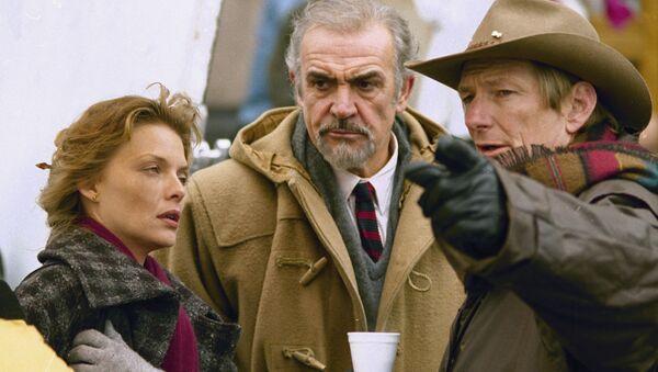 Michelle Pfeiffe i Sean Connery podczas produkcji filmu Wydział Rosja, 1989 rok - Sputnik Polska