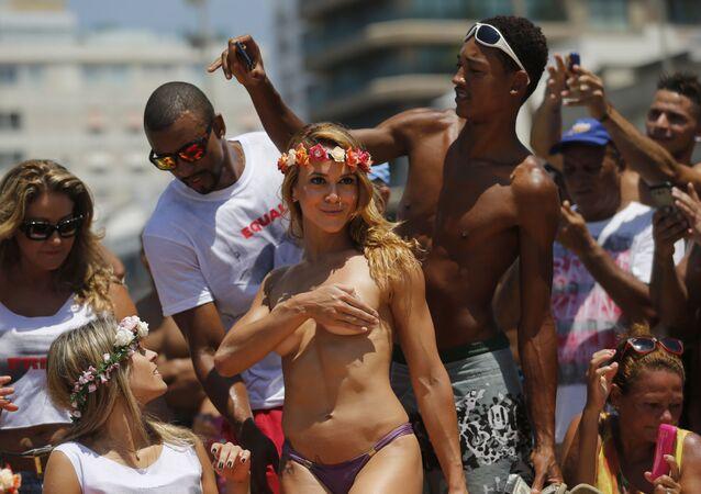 Tancerka topless w Rio de Janeiro