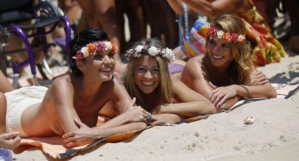 Dziewczyny na plaży w Rio de Janeiro