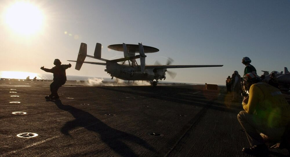 Samolot E-2C Hawkeye Marynarki Wojennej USA