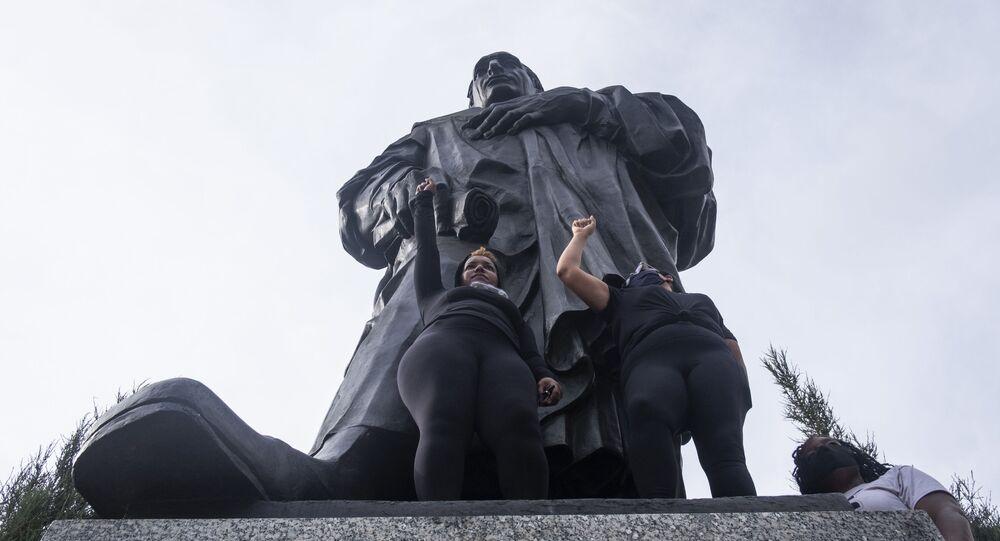 Pomnik odkrywcy Ameryki Krzysztofa Kolumba w Columbus