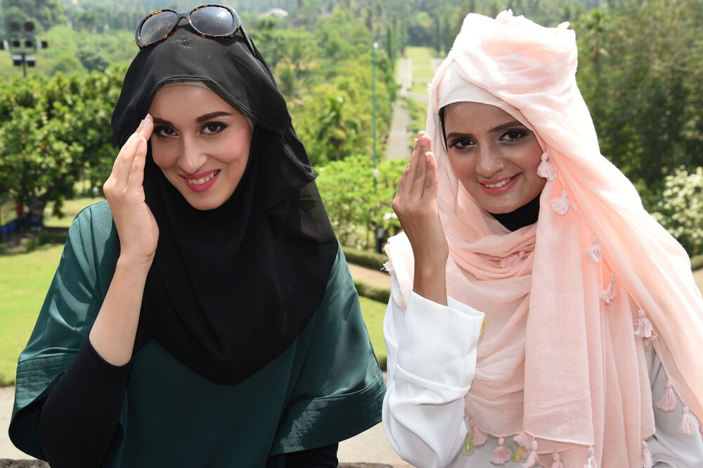 Finalistki konkursu piękności World Muslimah Awards w Indonezji