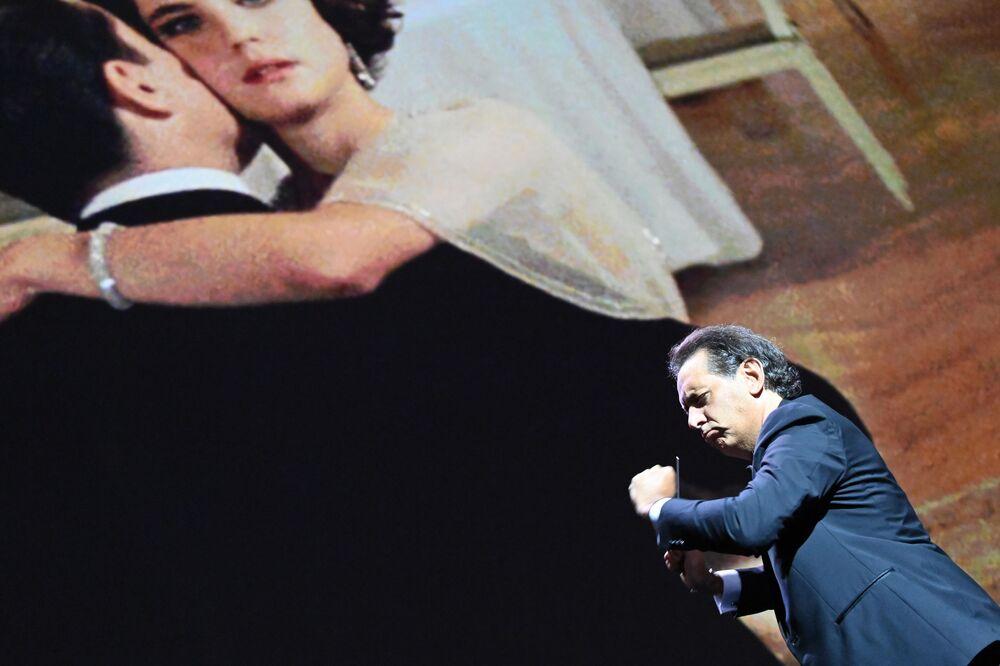 Kompozytor Andrea Morricone na otwarciu 77. Festiwalu Filmowego w Wenecji