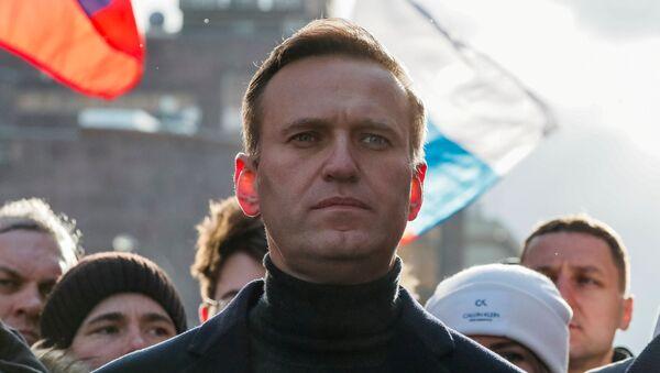 Bloger Aleksiej Nawalny na wiecu poświęconym zabójstwu Borysa Niemcowa przeciwko zmianom w konstytucji - Sputnik Polska