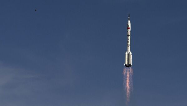 Start rakiety nośnej Chang Zheng 2F. - Sputnik Polska