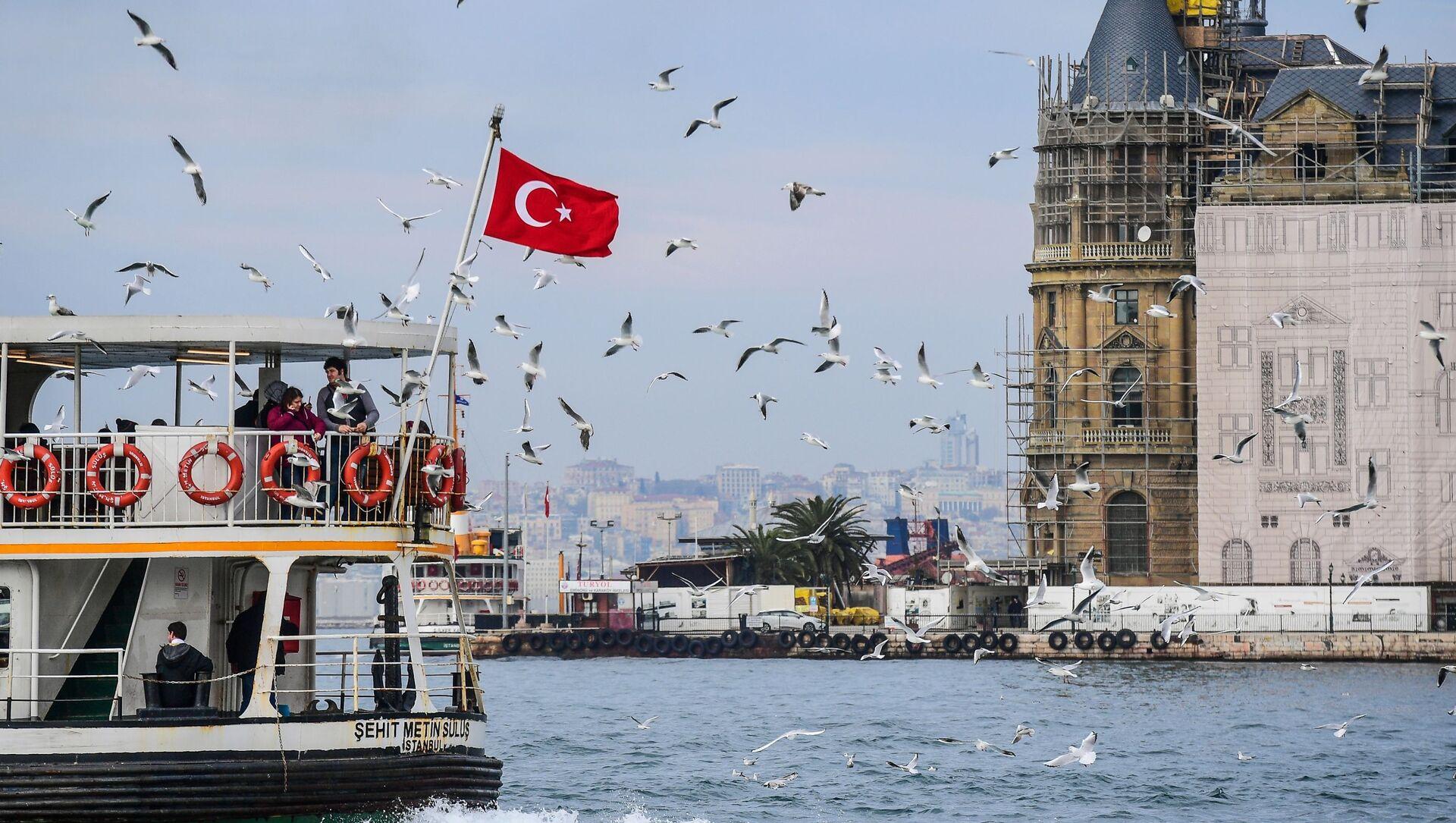 Turecka flaga w Stambule - Sputnik Polska, 1920, 10.04.2021