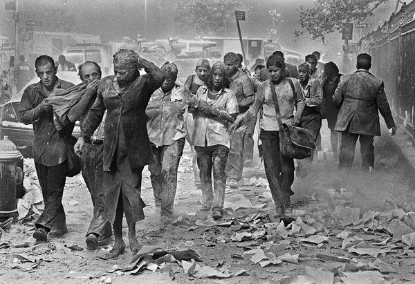 Osoby, które przeżyły ataki terrorystyczne na World Trade Center w Nowym Jorku, 11 września 2001 roku - Sputnik Polska