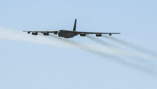 Amerykański bombowiec Stratofortress B-52. Archiwalne zdjęcie - Sputnik Polska