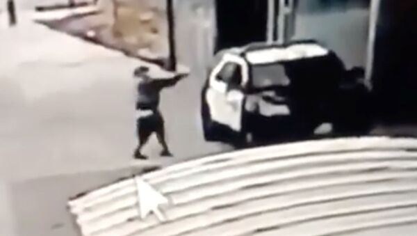 Ostrzelanie policjantów w Compton, USA - Sputnik Polska