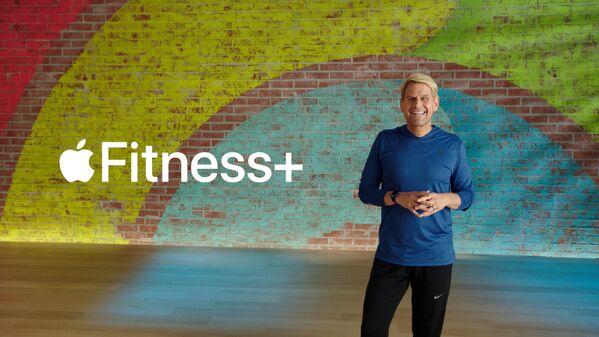 Jay Blahnik przedstawia Apple Fitness + podczas corocznej prezentacji nowych produktów w Apple Park - Sputnik Polska
